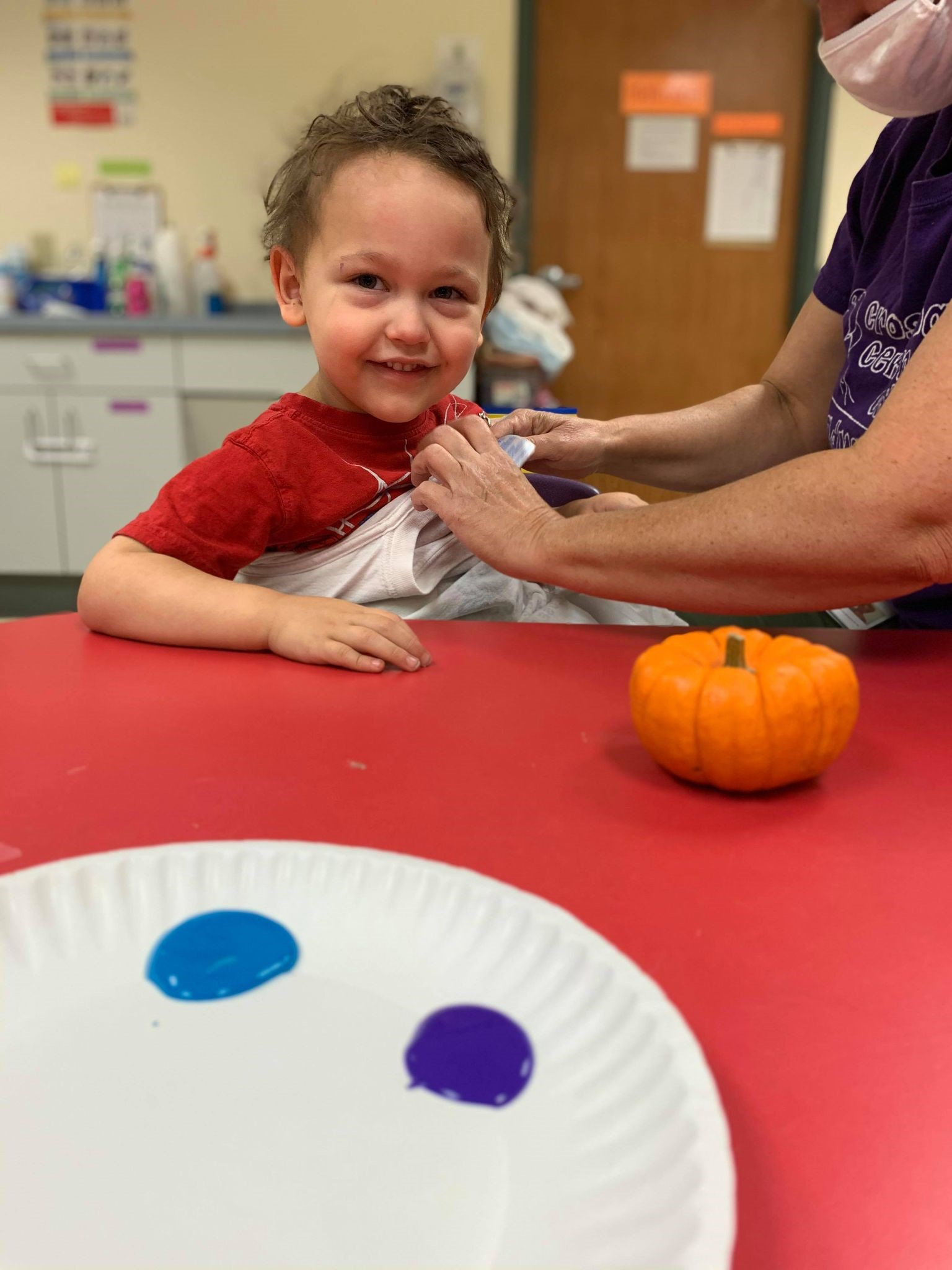 Integrating Art Projects Into Classroom Themes Crossroads Center For Children